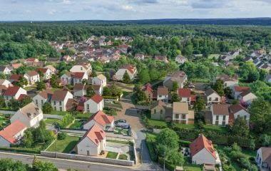 Livry-sur-Seine à 750 mètres du Transilien R
