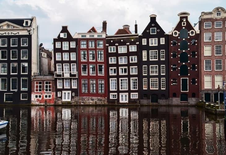 Airbnb : un propriétaire écope de 297 000 euros d'amende