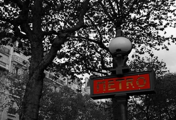 Airbnb : une station de métro, un prix