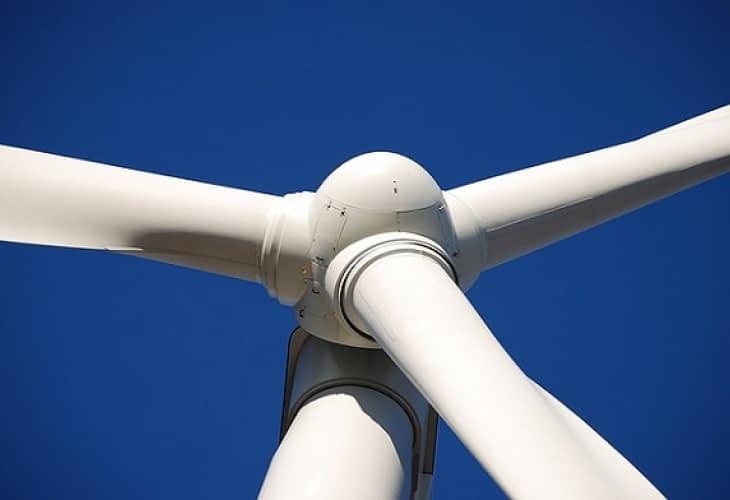 Aux quatre vents, j'installe mon éolienne