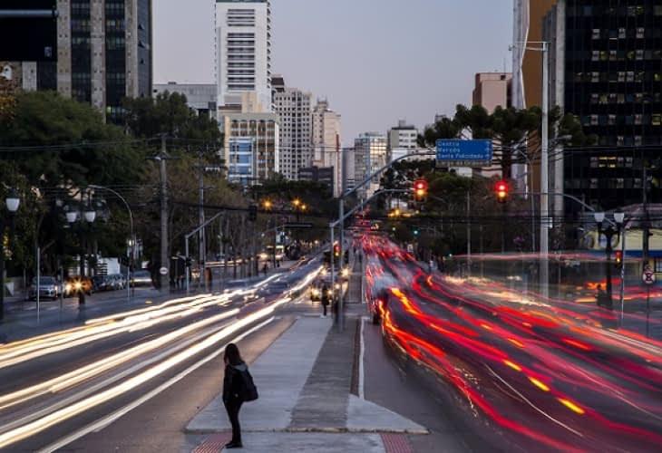 Développement durable : Curitiba, quand la ville modèle reste figée dans le temps