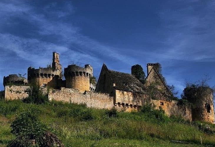 Immobilier insolite : adoptez un château pour 50€