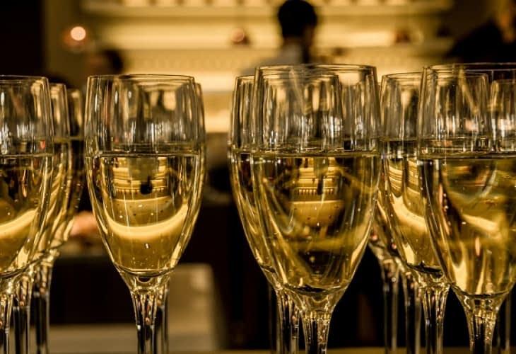 L'hôtel Les Bulles de Paris célèbre le champagne