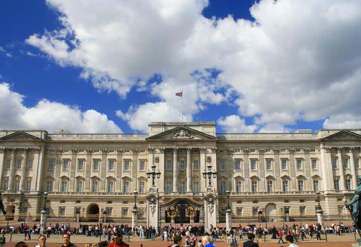 La Reine obligée de payer la rénovation de Buckingham Palace ?