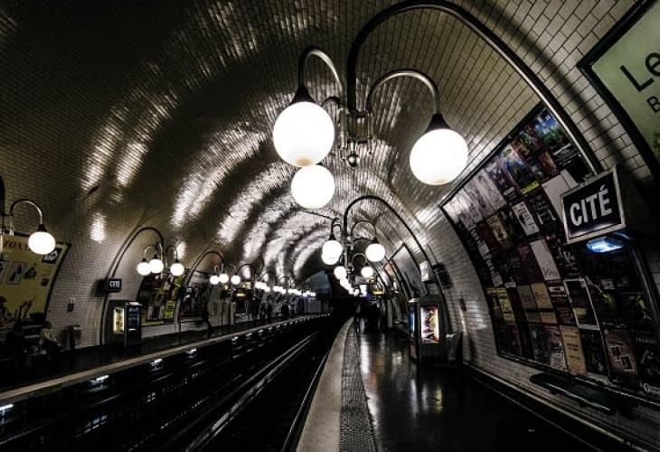Métro à Paris : la difficile conquête de la 3G et de la 4G
