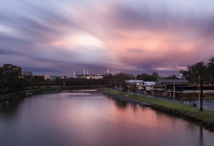 Portait : Jessica Pearce achète des maisons pour les sans-abri en Australie