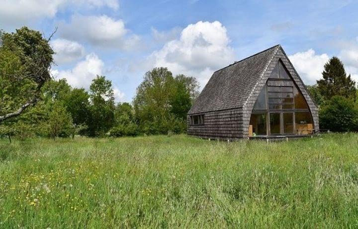 Pour 180 000 euros, offrez-vous une maison écolo et… sans électricité !